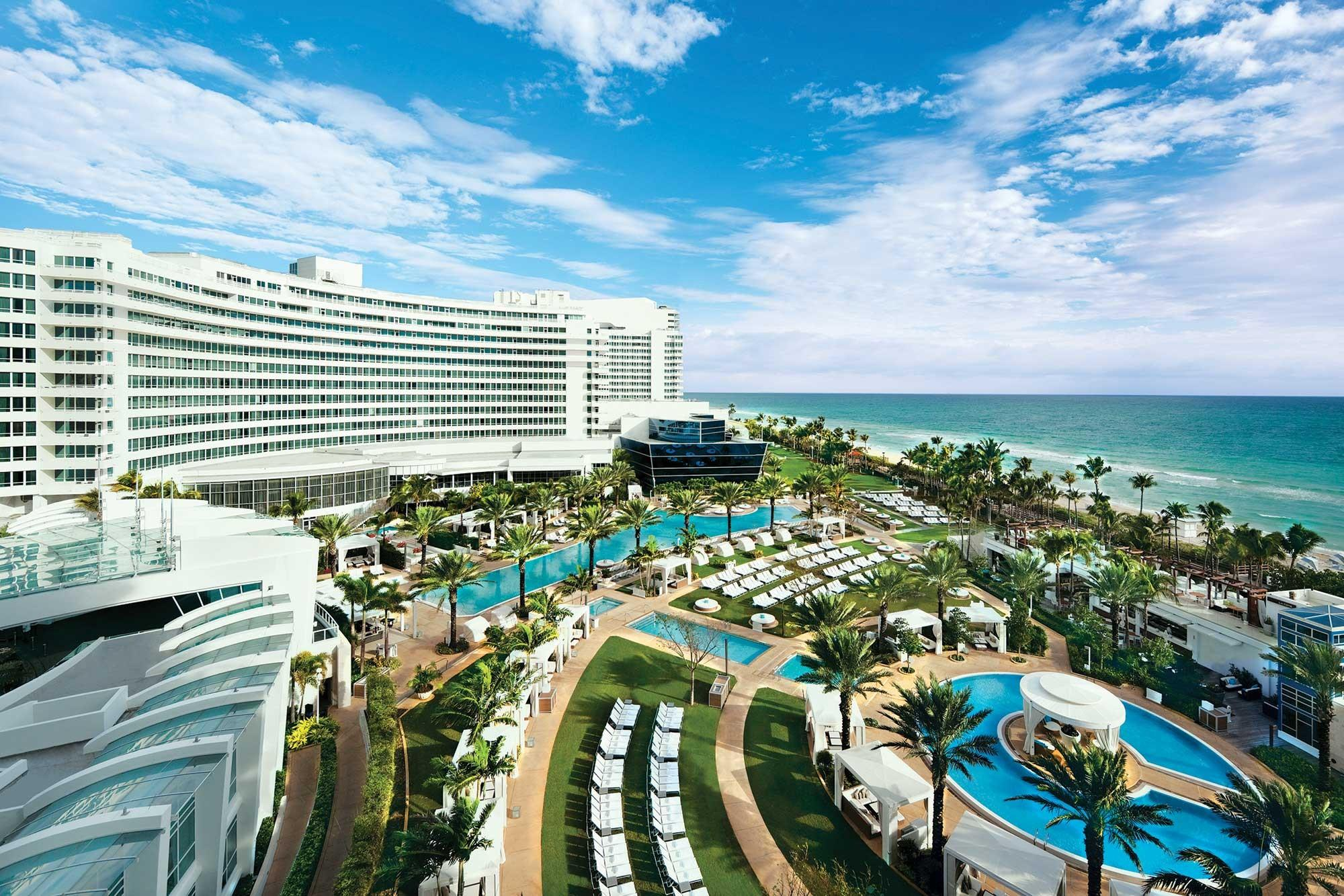 Luxury Suites International at Fontainebleau